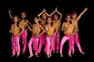 INDIAN STYLE CINEMATIC DANCE COSTUME, WESTERN STYLE CINEMATIC DANCE DRESS, BELLY DANCE COSTUMES, DIFFRENT TYPE OF FROCKS,